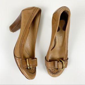 Chloe Tan Leather Buckle Heels Italy Size 37 / 7